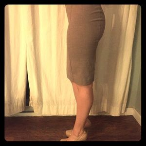 Dresses & Skirts - Apt.9 Hi Wasted Nude/tan colored Pencil Suit Skirt